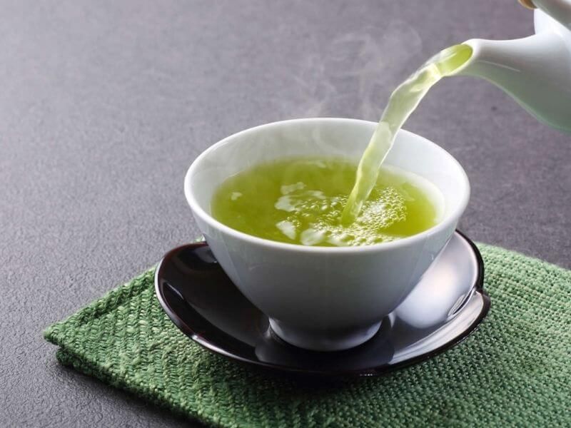Ist grüner Tee gesund? Wissenswertes zur Wirkung